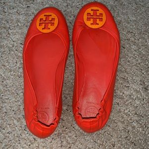Brand new Tory Burch Minnie flats- only worn once